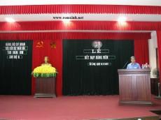 Chọn may phông hội trường, rèm sân khấu giá rẻ thế nào cho sang trọng?