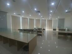 Rèm lá dọc lắp đặt tại văn phòng KĐT cao cấp Royal City