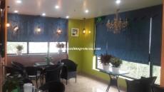 Rèm vải xếp lớp - rèm roman : Lựa chọn hoàn hảo cho không gian quán cà phê